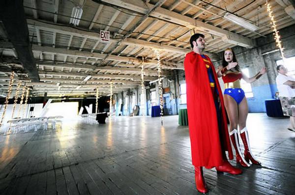 Poroka superjunaka Superman se poroči s čudovito žensko-7592